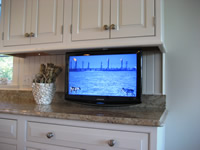 kitchen tv on articulating mount